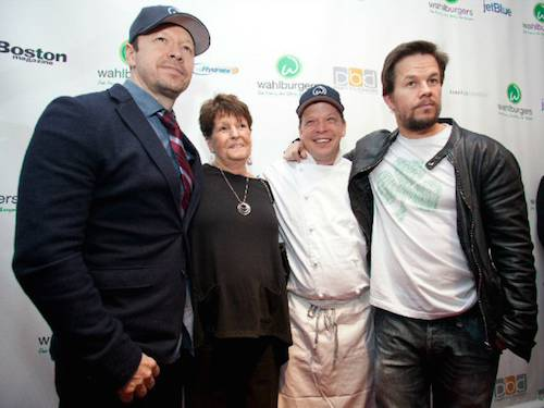 wahlburger wahlbergs